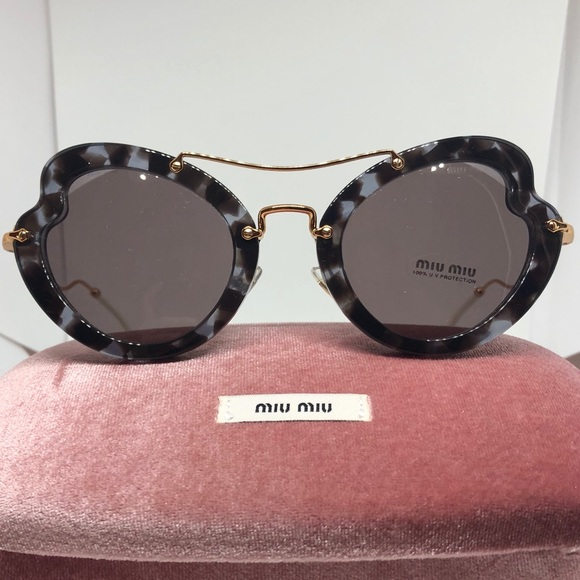 966d0460219 NEW   Miu Miu Scenique Butterfly Sunglasses